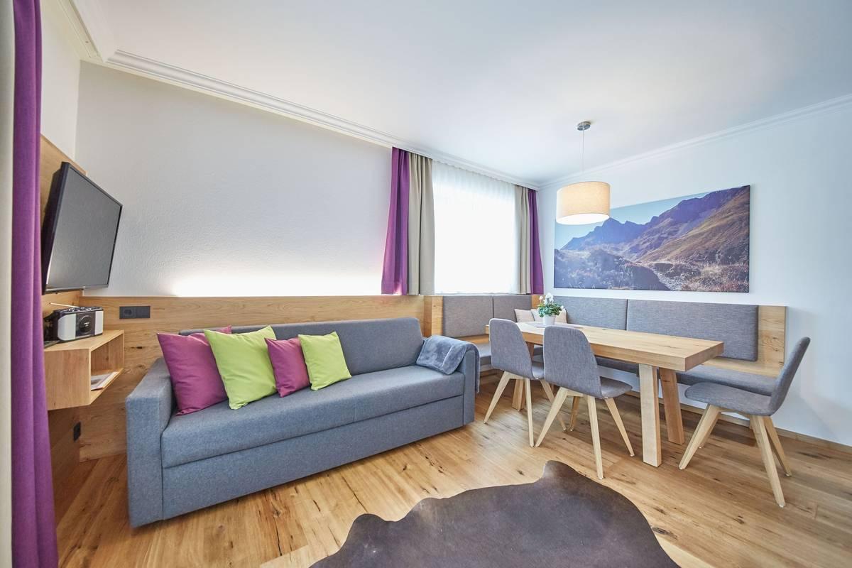wohlf hlen und entspannen zimmer landhaus schwabl. Black Bedroom Furniture Sets. Home Design Ideas
